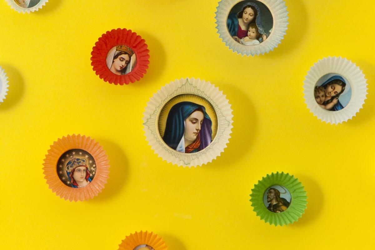 Angelo Formica, Dolce paradiso, dettaglio, collage su forex in teca, 2010, Galleria Toselli