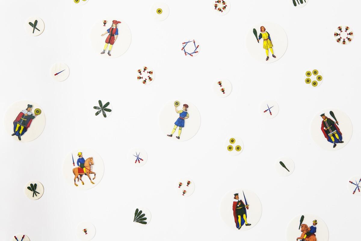 Angelo Formica, Senza titolo, dettaglio, collage su ostie su forex in teca, 2011, Galleria Toselli