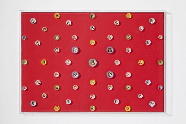 Angelo Formica, Dolce paradiso, collage su forex in teca, 2011, Galleria Toselli